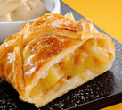 Warm apple strudel with Balsamic Vinegar of Modena Ponti ice-cream