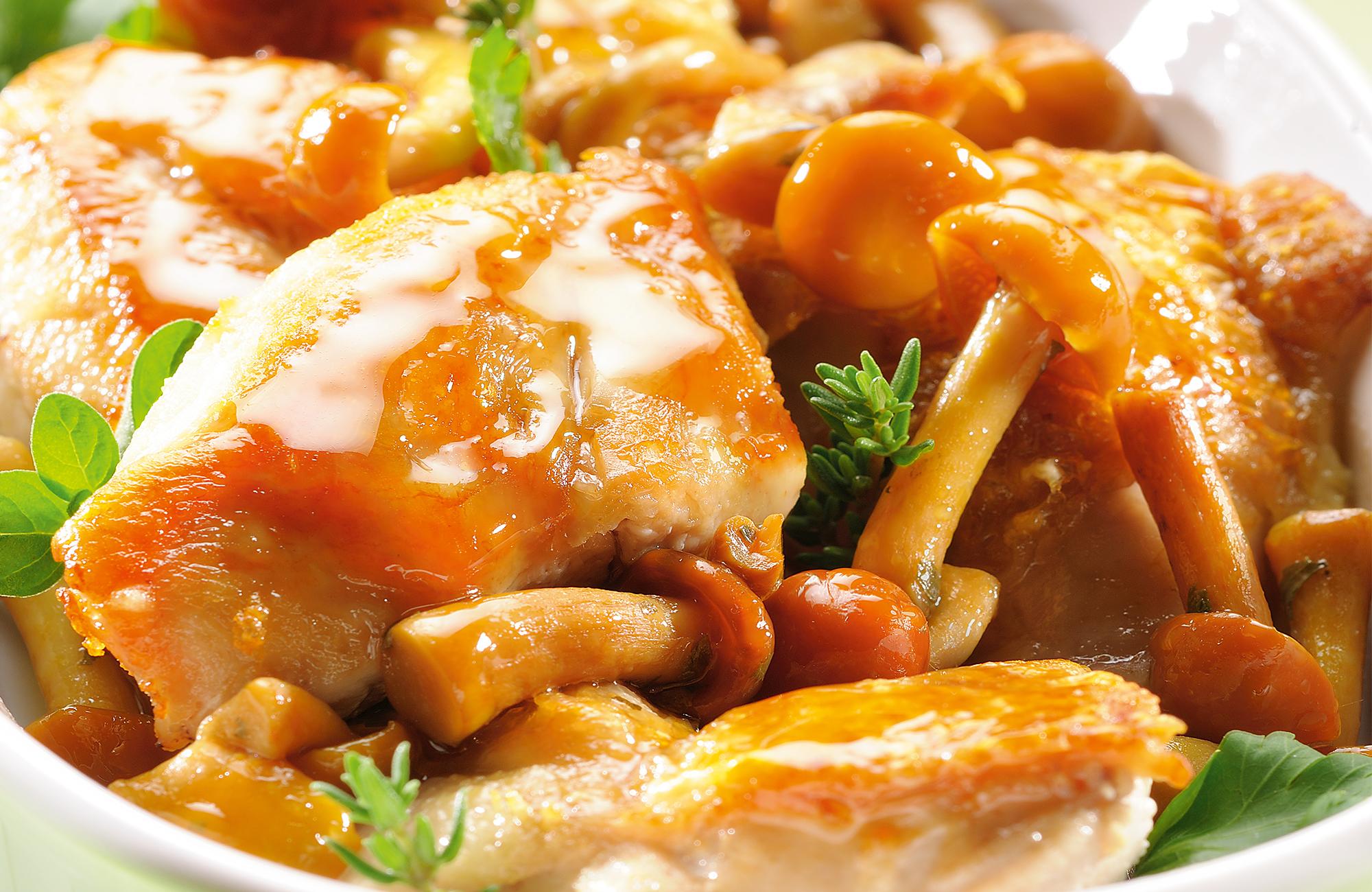 Spezzato di pollo ai Funghi Trifolati Ponti e Aceto di Vino Classico Bianco Ponti