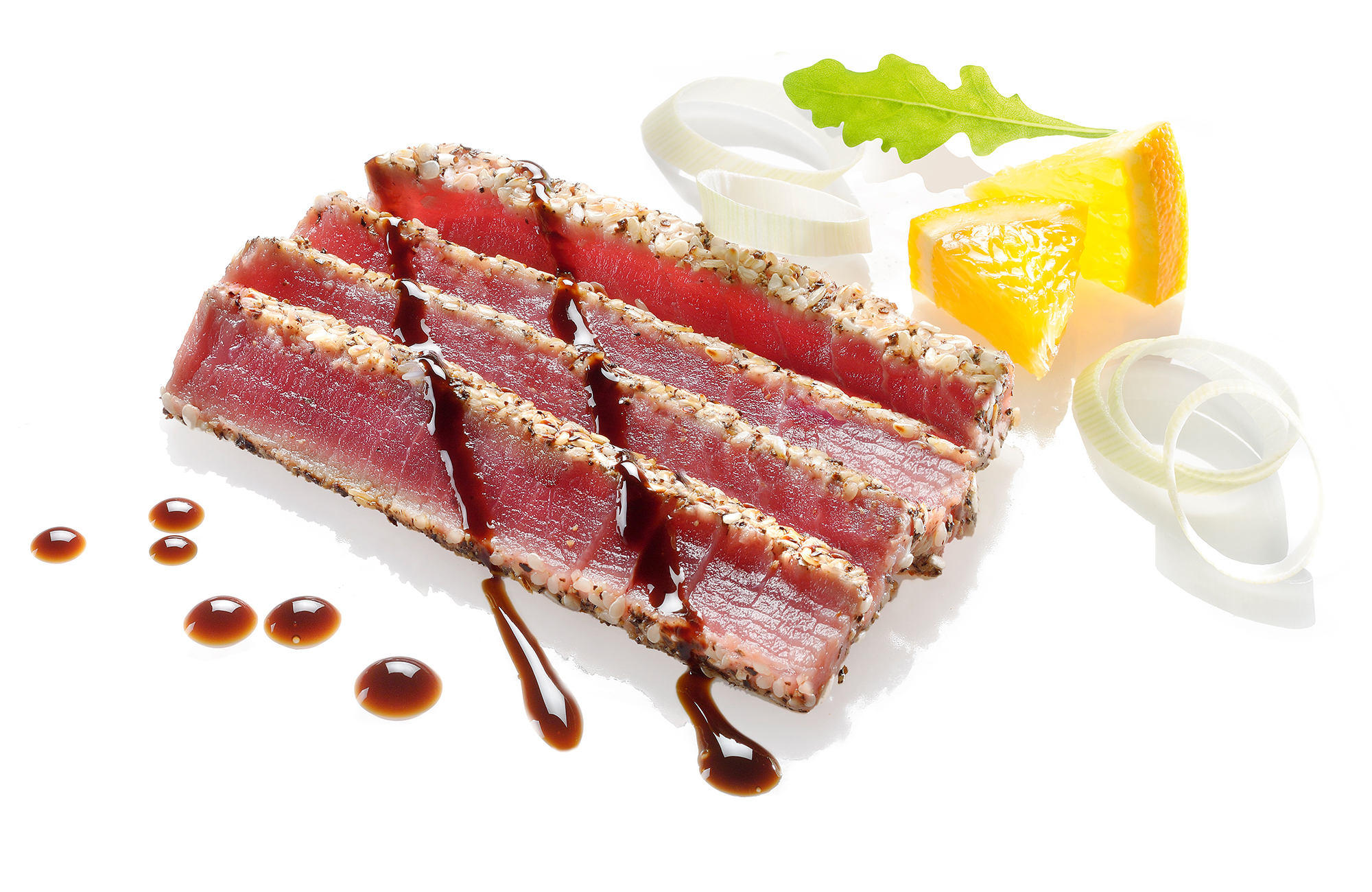 Tataki di tonno con insalata di porro e arance