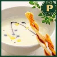 Crema de patata con Glassa Gastronómica Ponti y palitos de hojaldre con pimentón