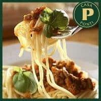 Espaguetis con ragú especial y Vinagre Balsámico de Modena Ponti