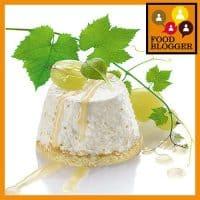 Mini sajttorta szőlővel és robiola sajttal