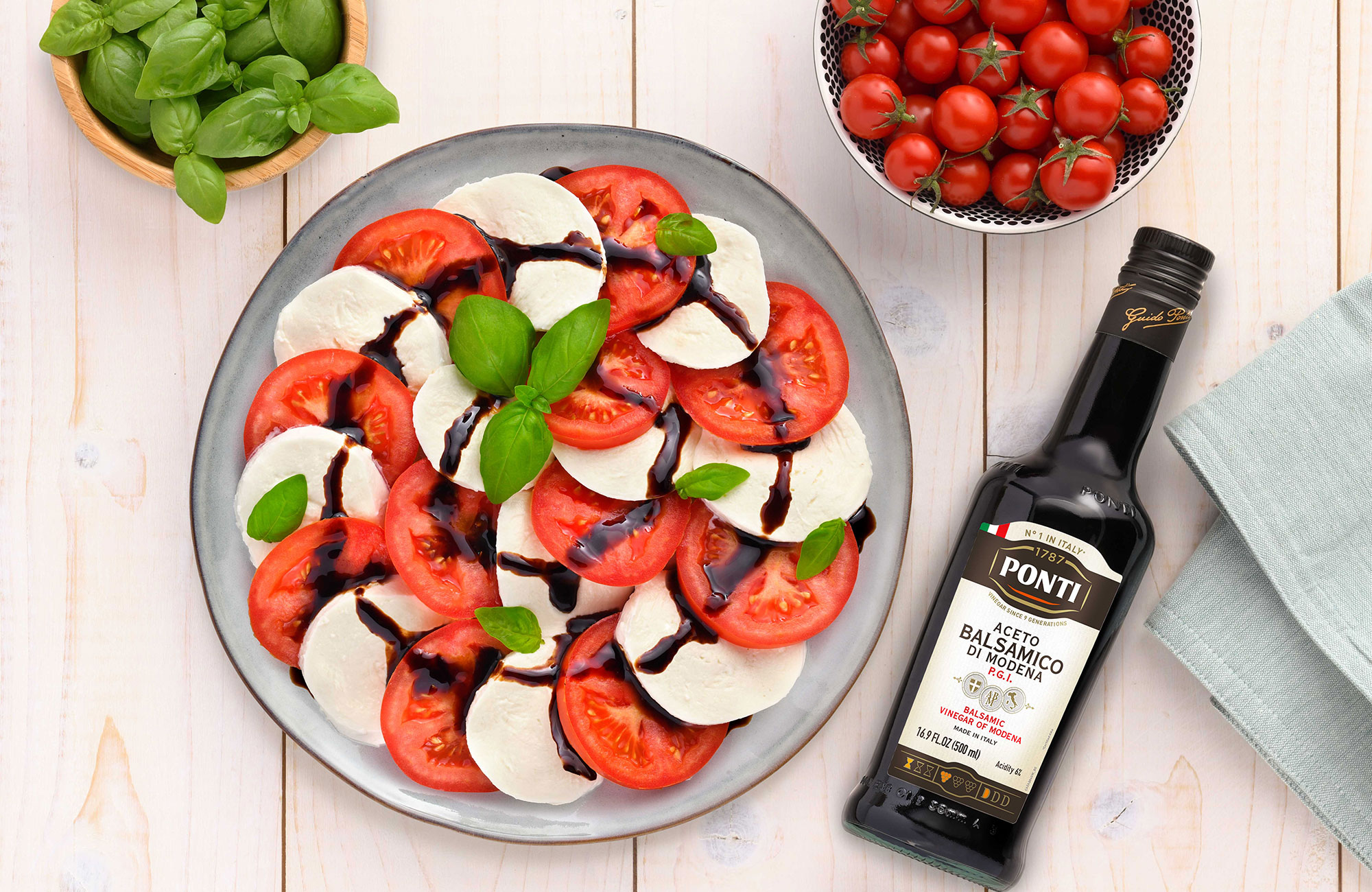 Caprese with Ponti Balsamic Vinegar of Modena P.G.I. - Ponti