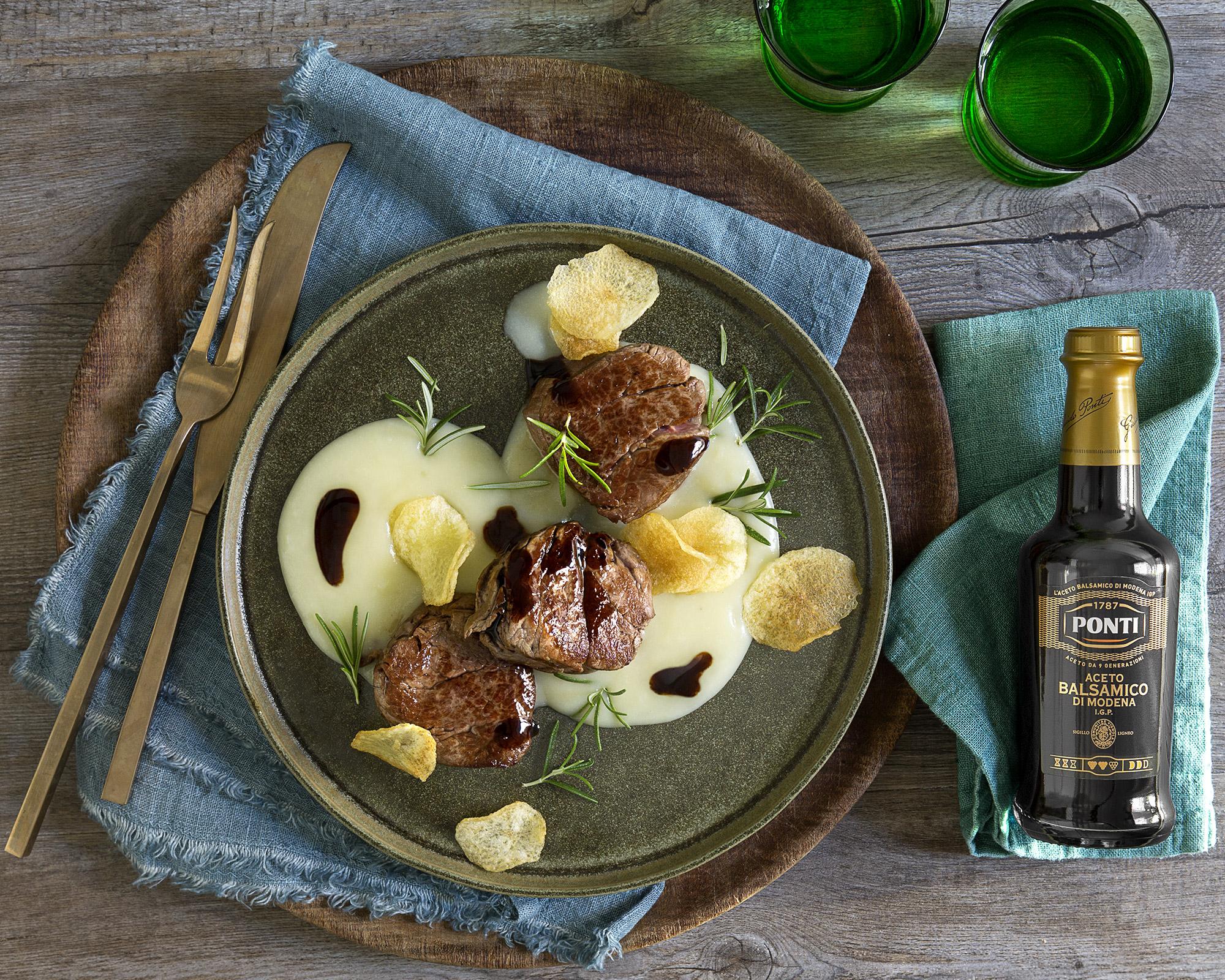 Filetto di manzo con crema di patate al rosmarino e aceto balsamico - Ponti