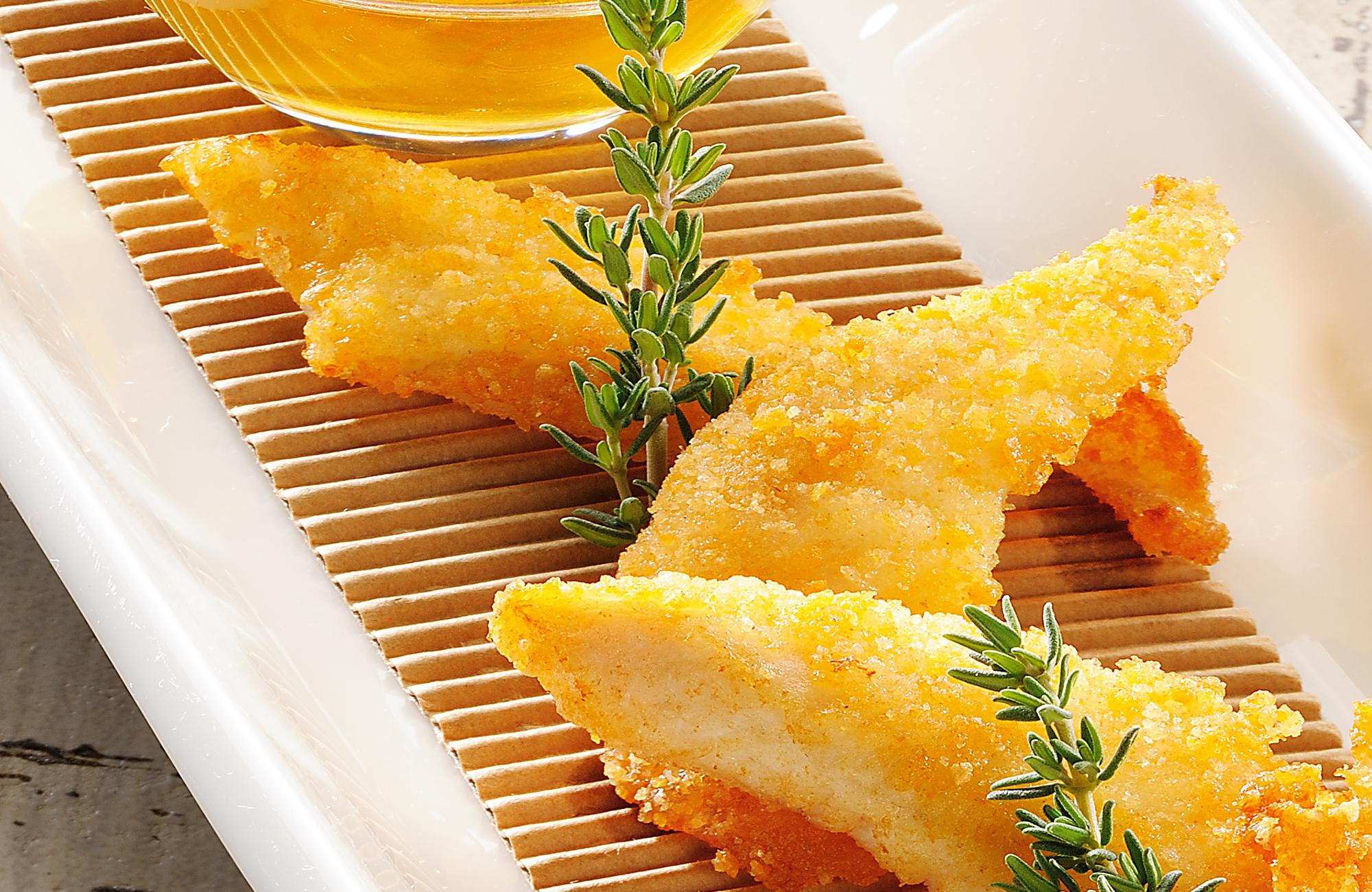 Filetti di sogliola fritti con intingolo all'Aceto di Vino Aroma Antico Bianco Ponti